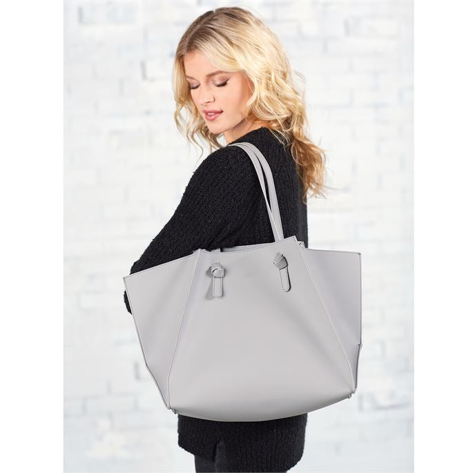 Misses Gray's Tote