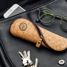 Load image into Gallery viewer, Cork Reading Glasses Case - Classic