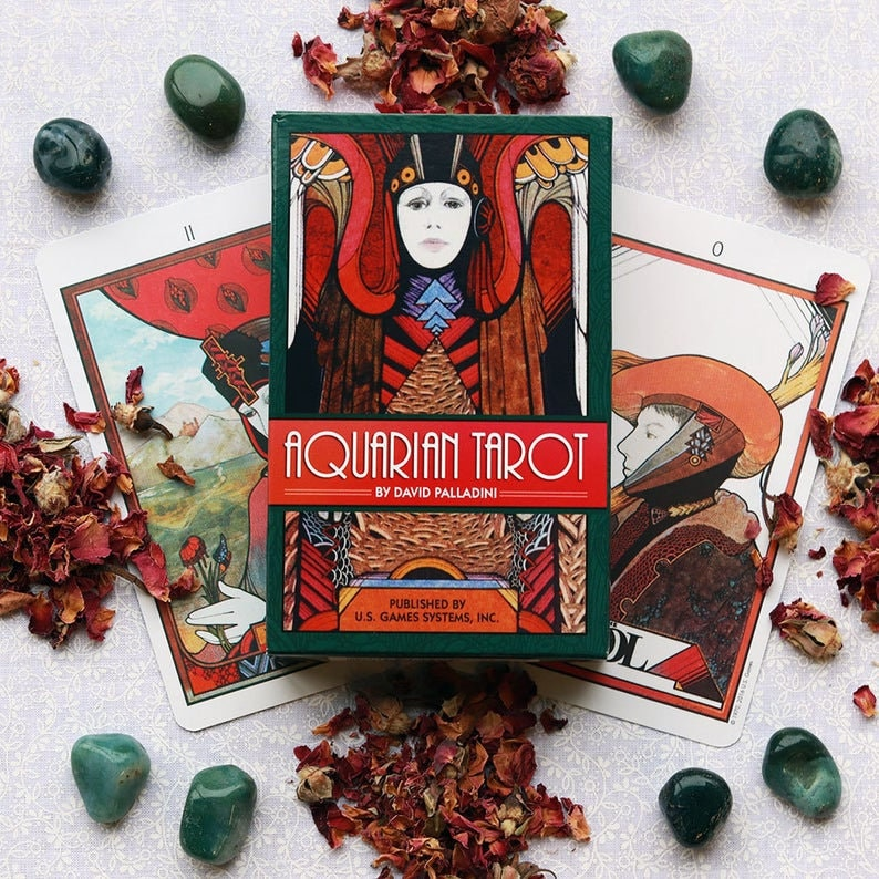 Aquarian tarot deck | Cartomancy | Divination Tool | Oracle Cards | Major Arcana | Guide book | Pagan | Witchy | Magic | Fortune Telling