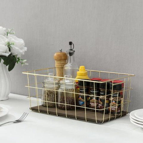 Kitchen Basket with Spices
