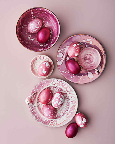 Easter Egg Splatter Decor Idea