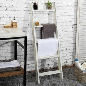 Vintage White Blanket Ladder