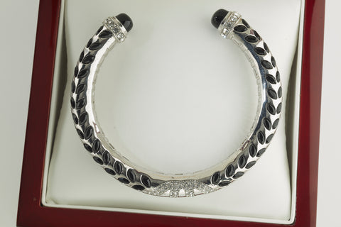 Laurel Leaf Bangle