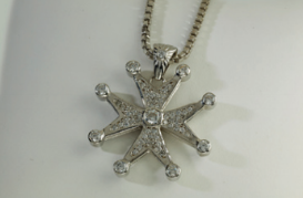 Maltese Cross ( White Gold)