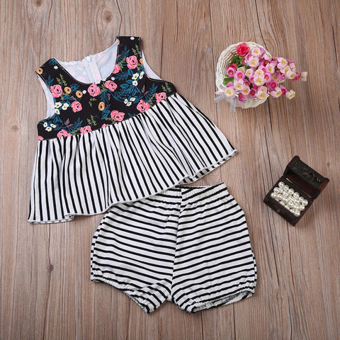 Floral Striped Tops+ Shorts Outfits