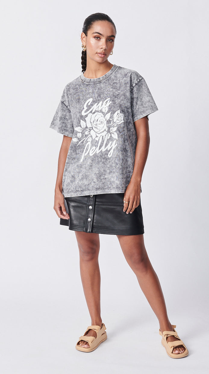 Script Rose Tee - Acid Wash