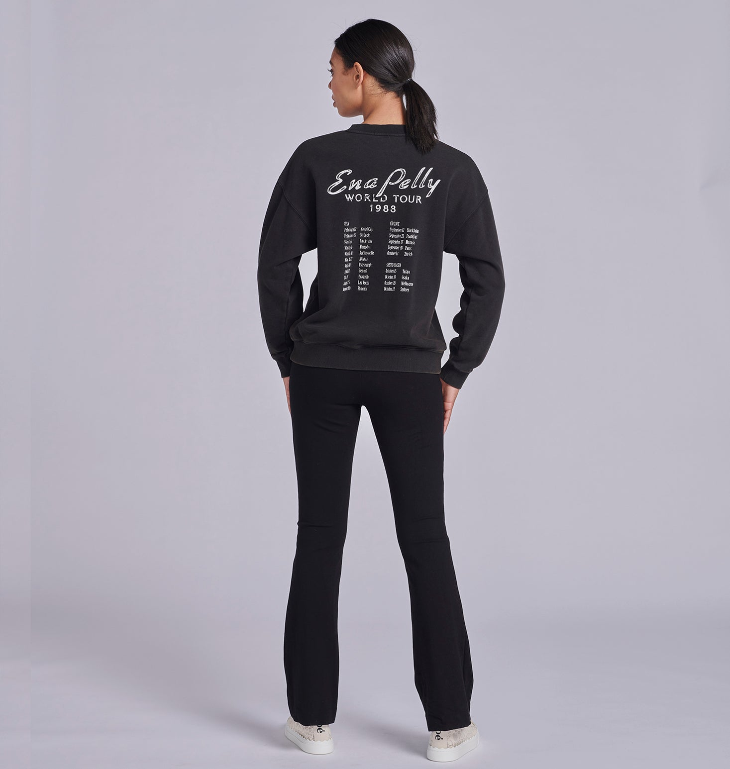World Tour Sweatshirt - Washed Black