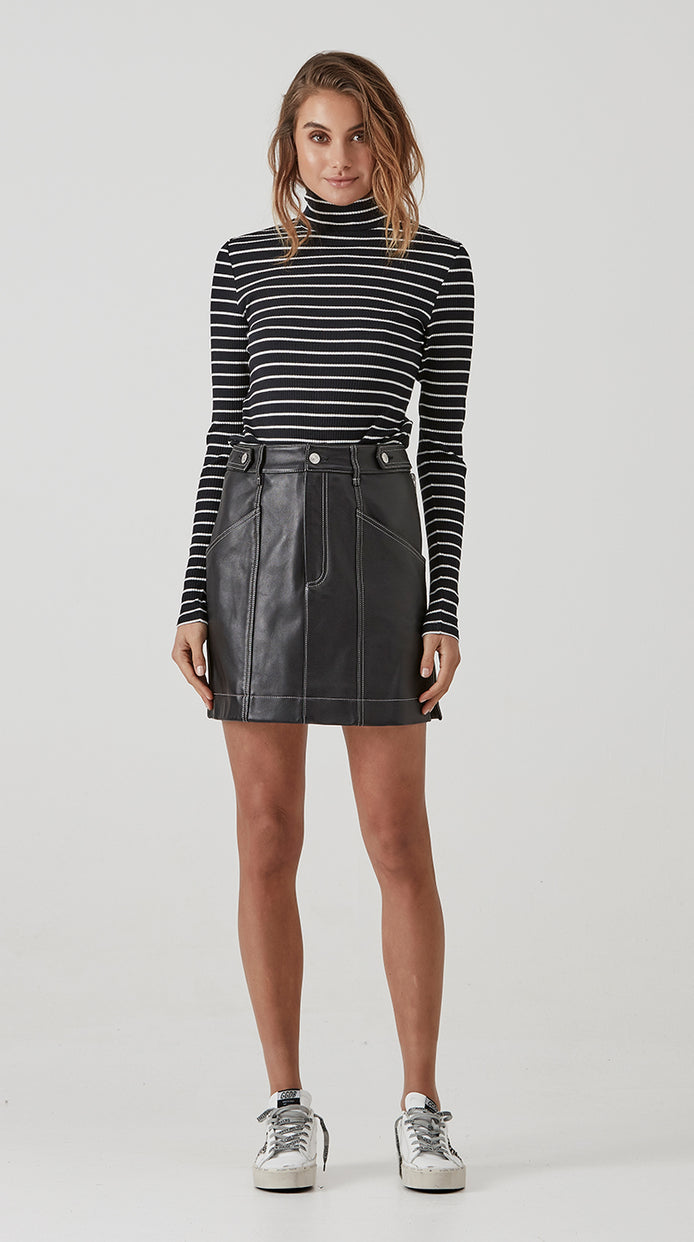 Classic Mini Skirt - Smooth