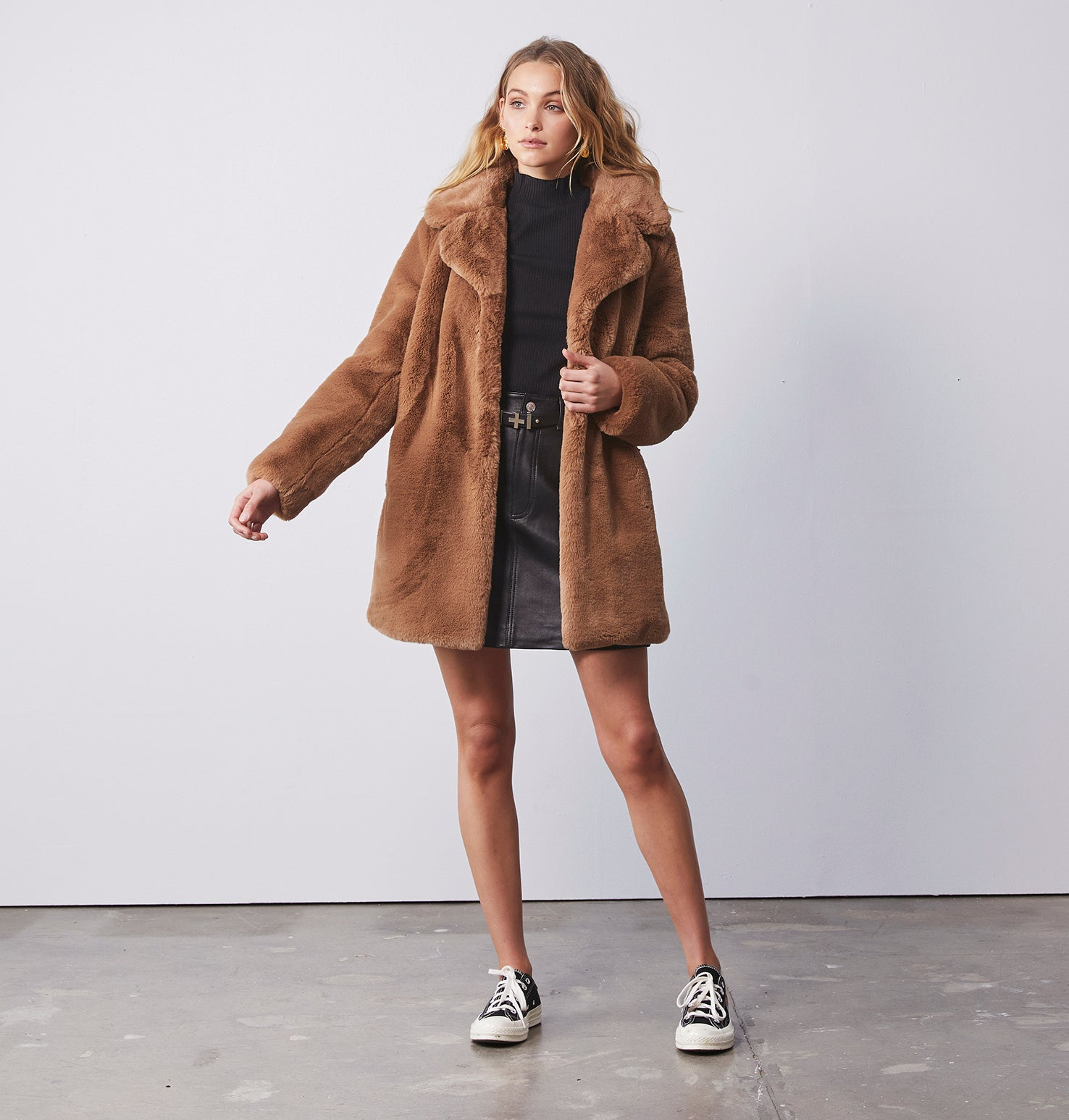Minimalist Faux Fur Jacket - Tigers Eye