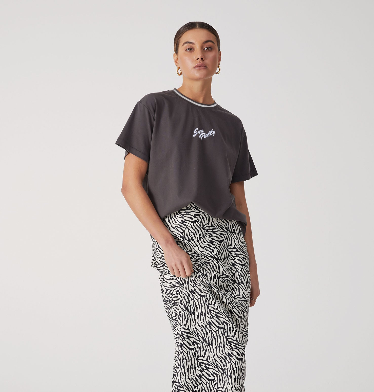 Script Embroidered Tee - Faded Black