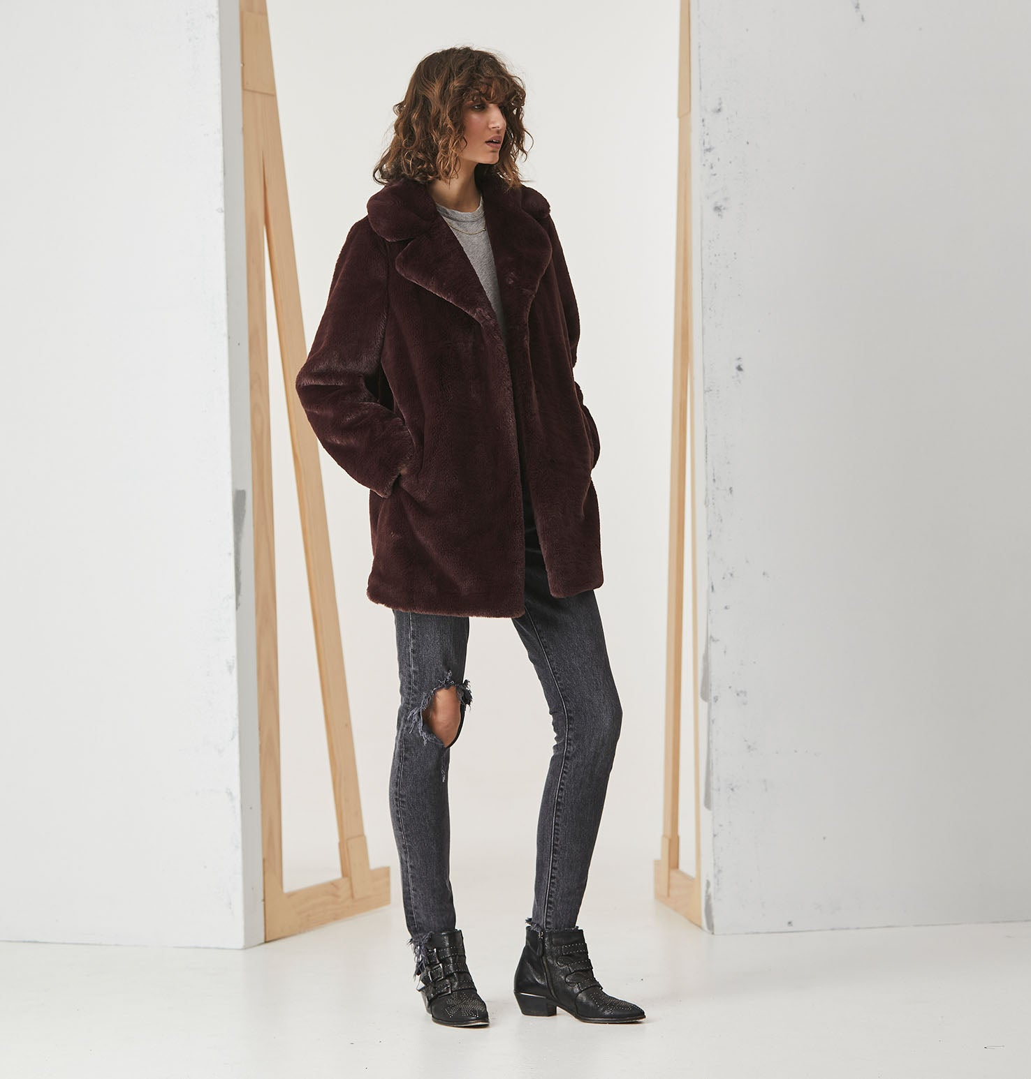 Minimalist Faux Fur Jacket - Fig