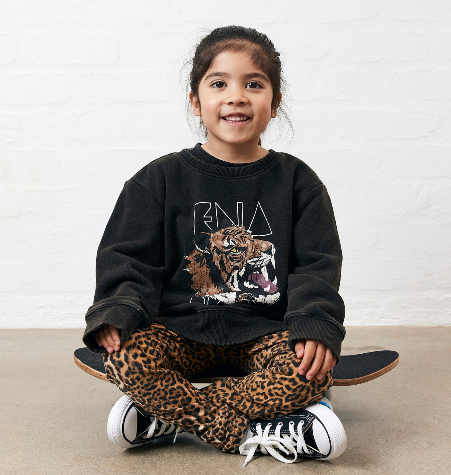 Kids - Wilderness Sweat - Washed Black