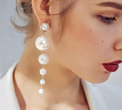 Pearl drop dangle Earring