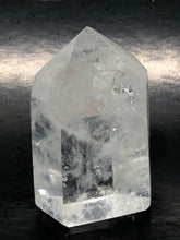 Clear Quartz Isis Point ~ healing, harmony & programable (39)