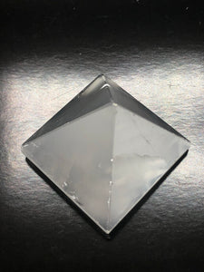 Selenite pyramids (4 sided) ~ connect to your guides, clarity, cleansing, activates 3rd eye & crown chakras (2)