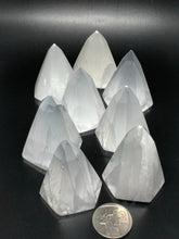 Selenite pyramids (6 sided) ~ connect to your guides, clarity, cleansing, activates 3rd eye & crown chakras