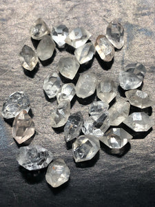 Herkimer Diamond (Extra Small) ~ attunement stone, psychic abilities, guidance, past life recall,  soul retrieval & purpose & breaking patterns