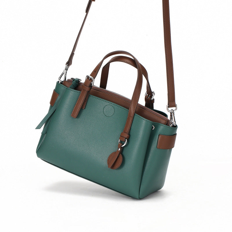 Eye Catching Designed Italian Leather Made Casual Bag for Women - Green
