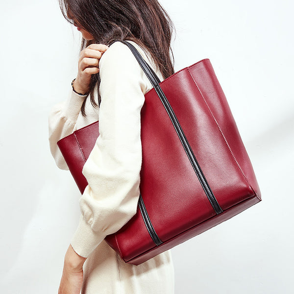 Latest Designed Italian Leather Made Tote Bag for Women - Wine Red