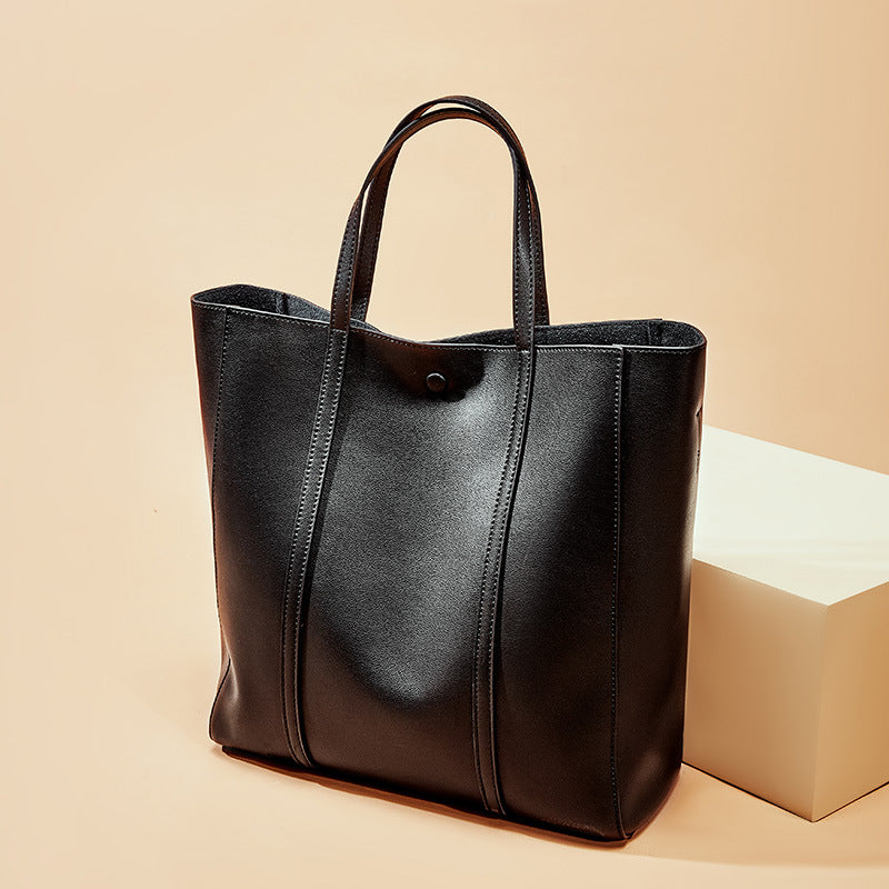 Latest Designed Italian Leather Made Tote Bag for Women - Black