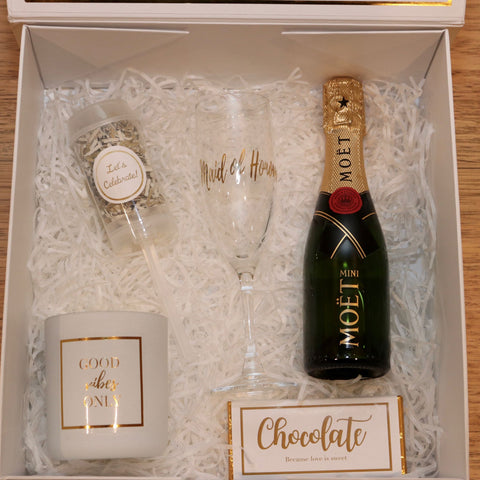 The Rose Proposal Gift Box for Bridesmaids