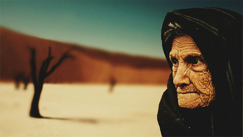 old woman with dry skin