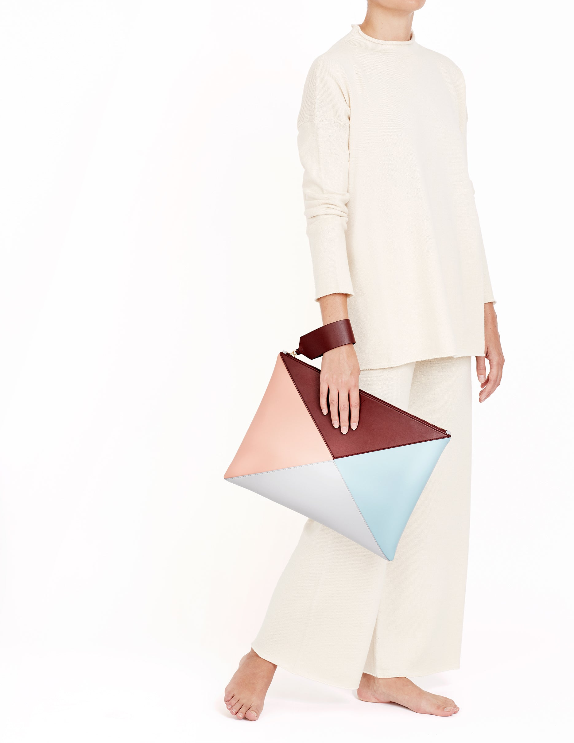 vegan leather, vegan bag, v by townsley, Cruelty-free, vegan bags uk, vegan leather bags uk, luxury vegan handbags, vegan, vegan designer handbags, ,vegan shoulder bags uk ,vegan tote bags, best vegan handbags