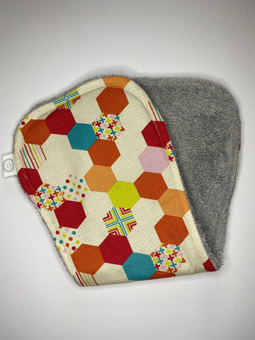 Contoured Burp Cloth - Hexagon