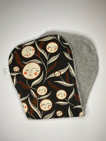 Contoured Burp Cloth - Retro Flower Face
