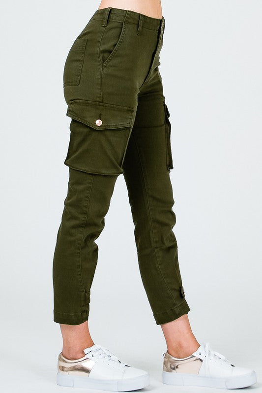 DAY OFF ADJUSTABLE CARGO SKINNY PANTS - Cielo Blue LA
