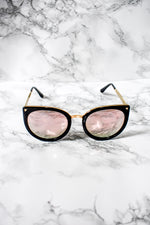 ROUND SHAPED SUN GLASSES WITH SMALL CAT EAR DETAIL - Cielo Blue LA