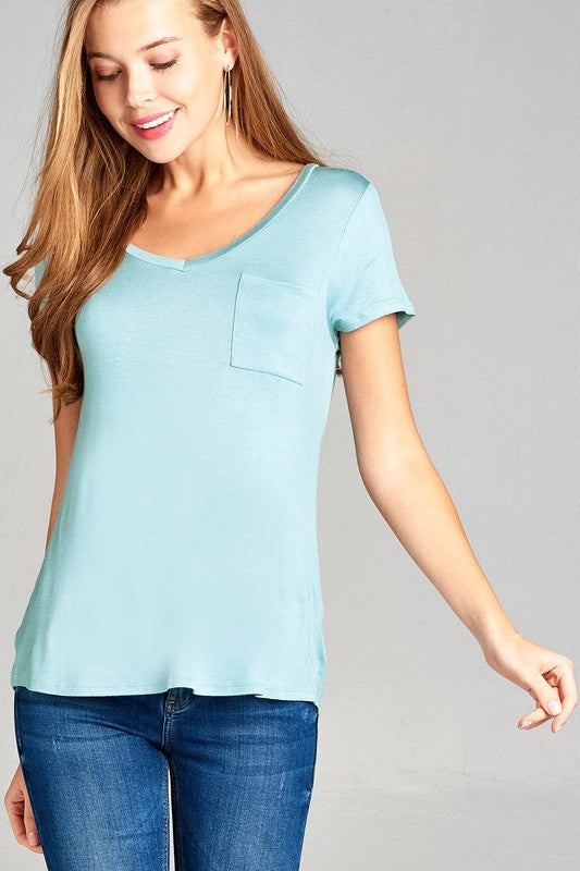 V-NECK TOP WITH SMALL POCKET - Cielo Blue LA