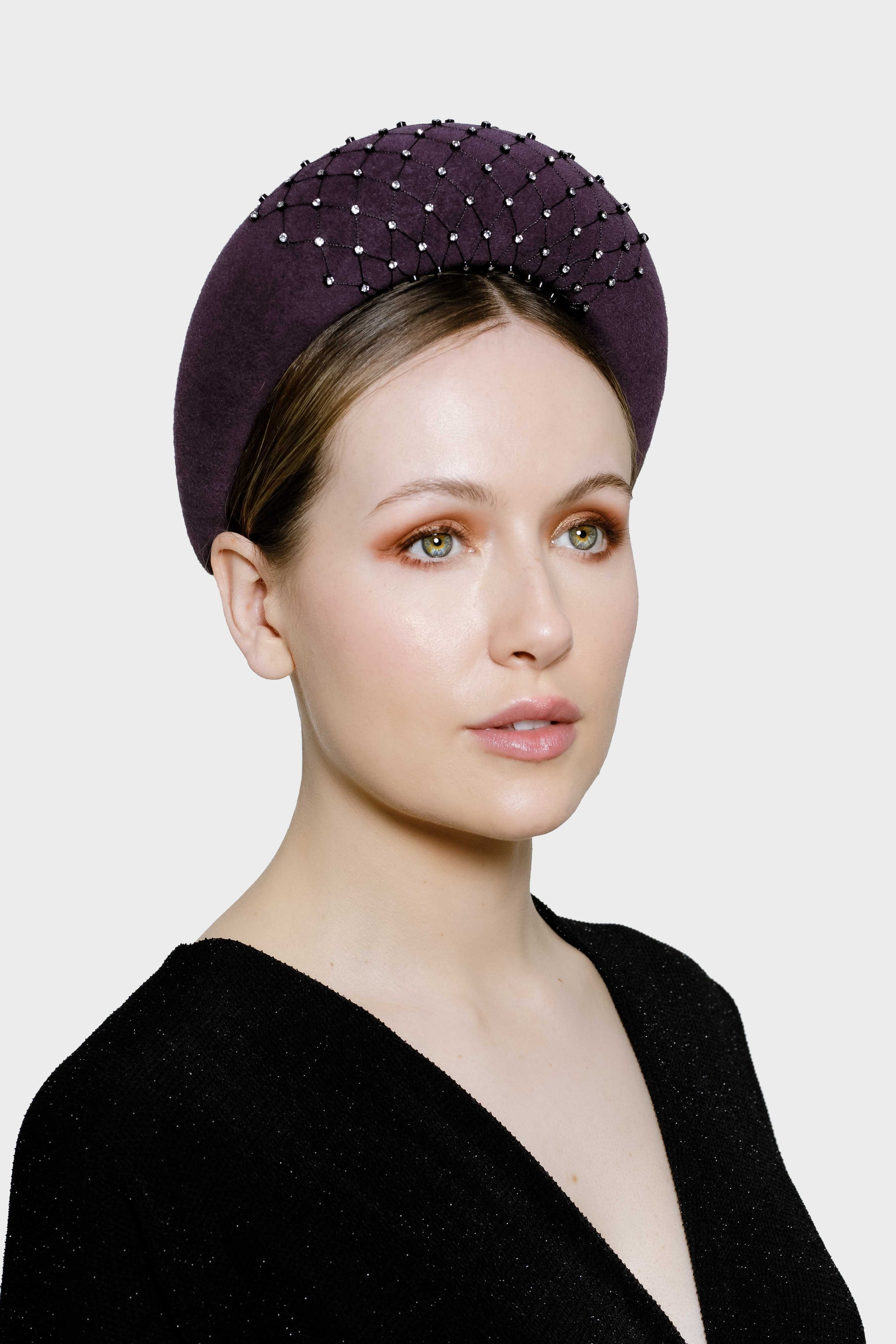The Annona velour felt headband with diamanté beading is an elegant modern style, ideal for weddings, special occasions and cocktail soirees.