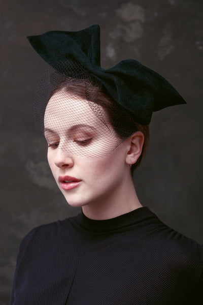 bow birdcage veil by Maggie Mowbray Millinery