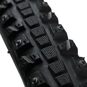 Xerxes Studded Tire 700 x 30