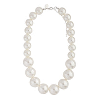 Short Graduating Single Strand Pearl Necklace - link has visual effect only