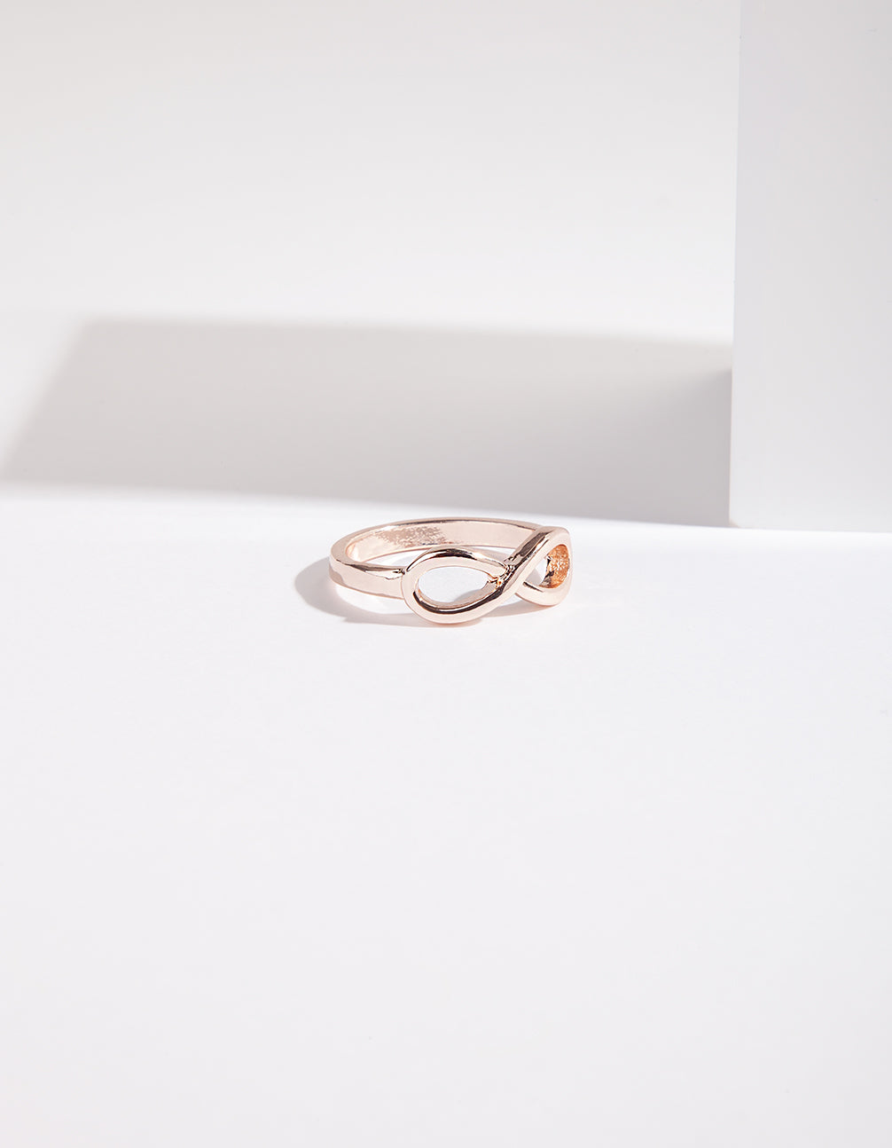 Rose Gold Infinity Band Ring