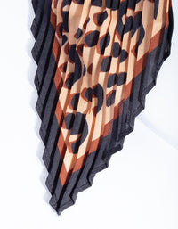 Pleated Fabric Leopard Print Scarf