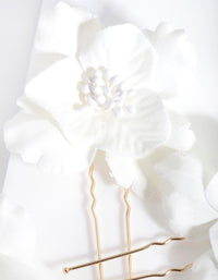 White Flower Hair Pin 3 Pack - link has visual effect only