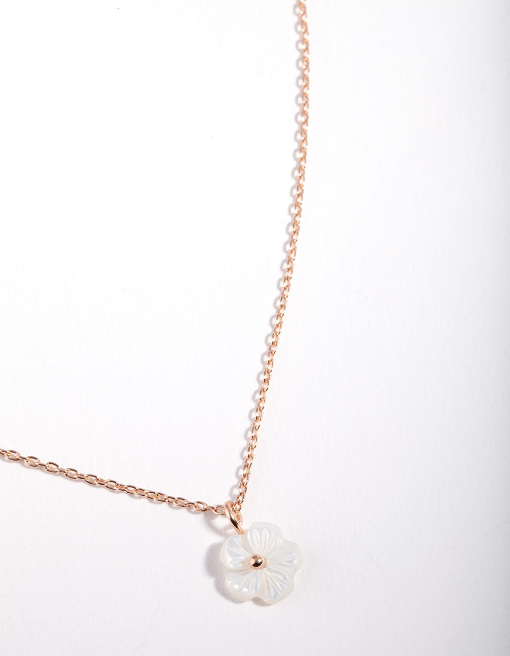 Rose Gold Pearl Flower Necklace