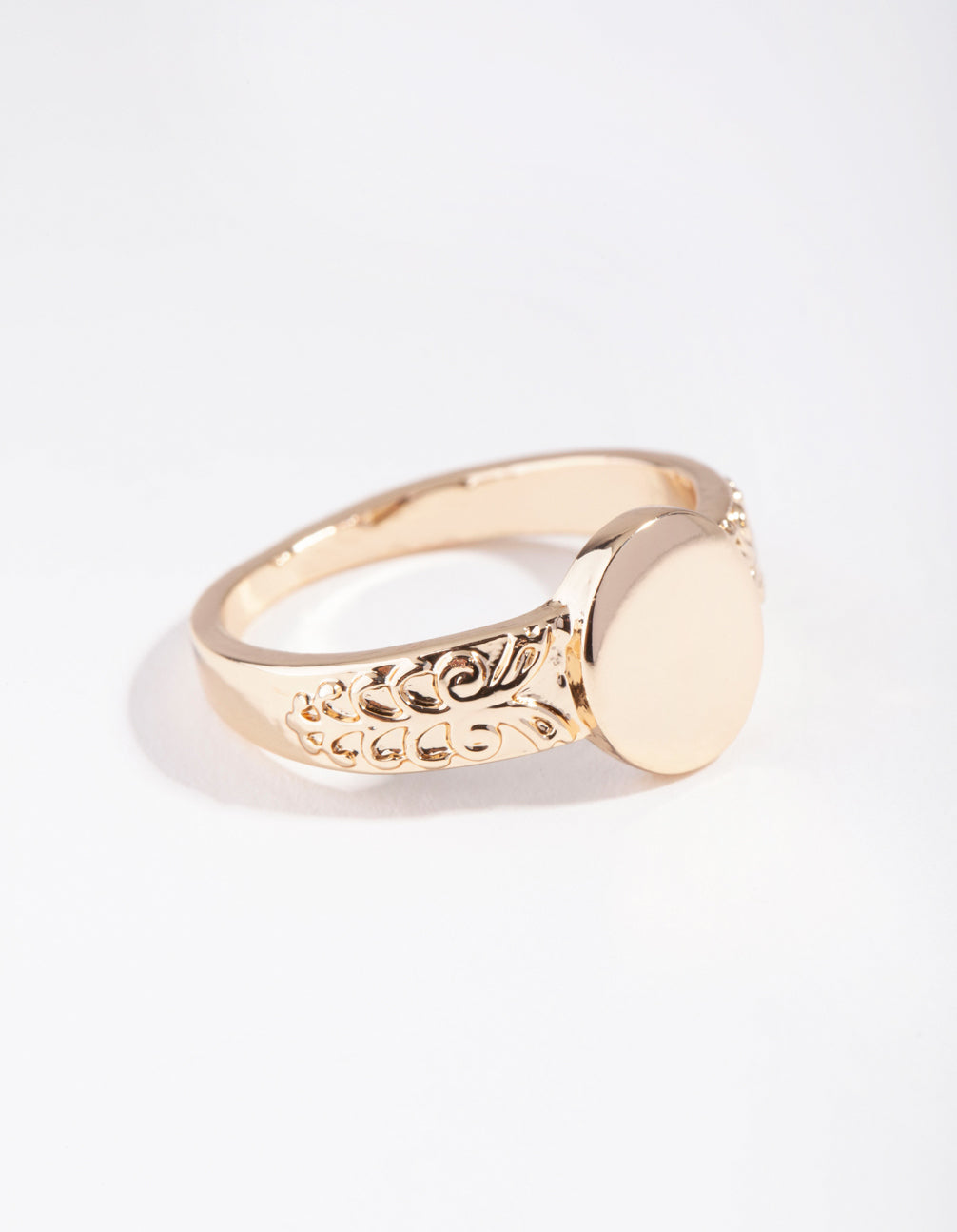 Gold Square Detailed Band Ring
