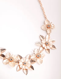 Rose Gold Flower Metal Leaf Necklace - link has visual effect only