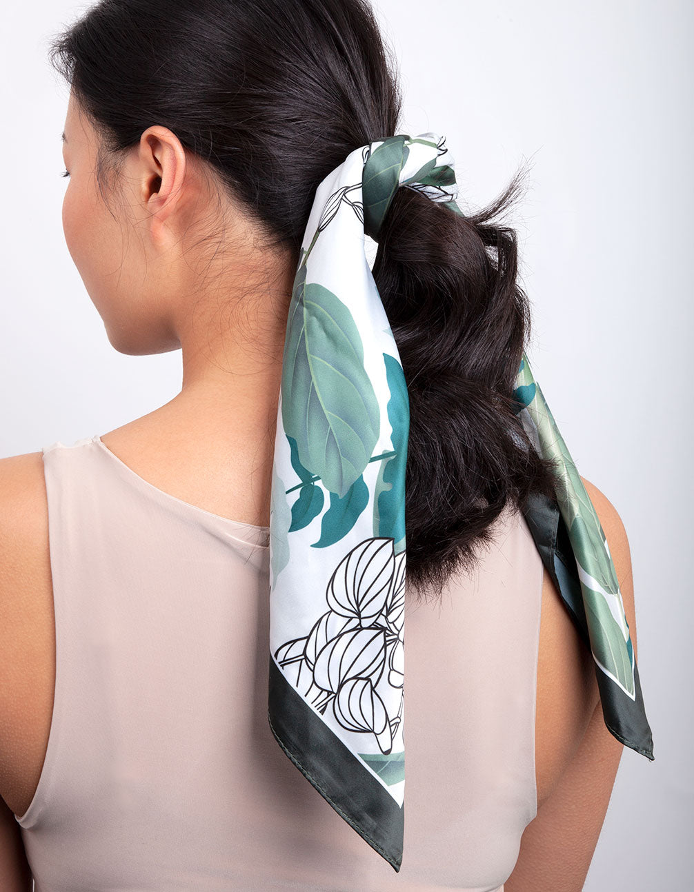 Green Tropical Leaf Scarf