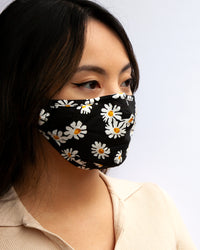 Black and White Daisy Print Face Mask - link has visual effect only