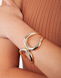 Polished Gold Open Loop Clamp Bangle - link has visual effect only
