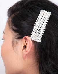 Pearl Chunky Hair Clip - link has visual effect only