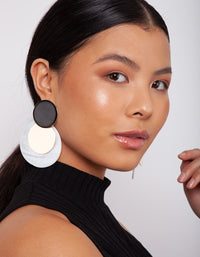 Black White Shell Disc Earring - link has visual effect only