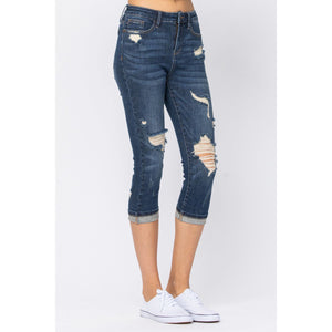 HIGH RISE CUFFED DISTRESSED CAPRI