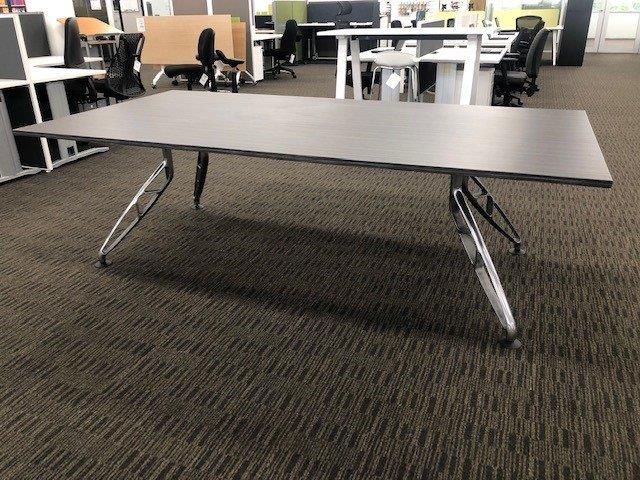 SHOWROOM CLEARANCE STOCK - CONNIE MANAGER'S CORNER DESK - WAS $799 NOW $479