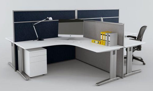 CRUZE WORKSTATION SYSTEMS WITH FLOORSTANDING SCREENS